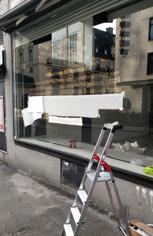 text på fönster till butik & företagslokaler i stockholm